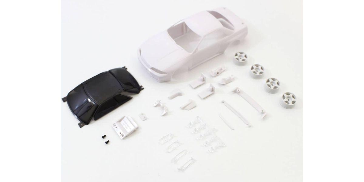スカイライン GT-R R32 グループA仕様 ホワイトボディセット未塗装ホイル付 MZN201