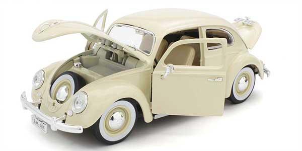 1/18スケール Bburagoミニカー VWビートル 1955